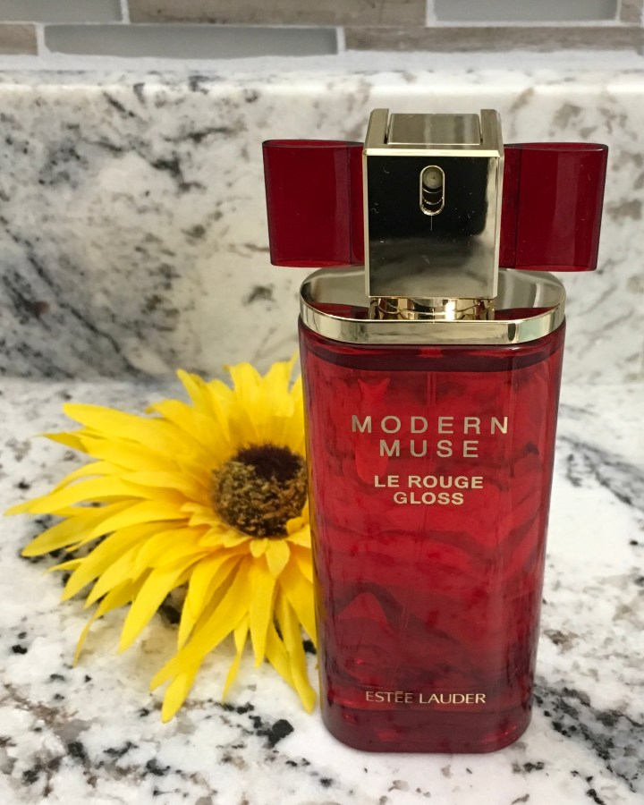 modern muse le rouge perfume