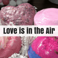 Love is in the Air Bubble Box