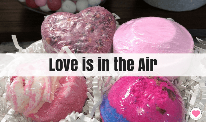Sky Organics Love is in the air bubble box