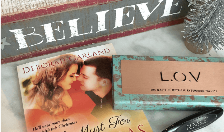 Fashion Flash beauty and book giveaway