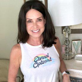 Stacie Hamilton midlife beauty blogger