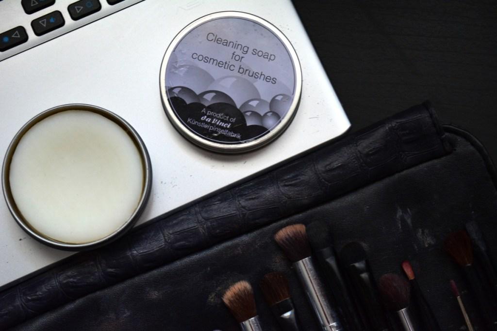 pensule-sapun-curatare-davinci