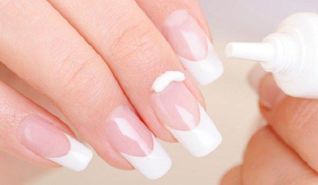 Manicure Hacks   DIY Cuticle Cure   32 Amazing Manicure Hacks You Should Know   Makeup Tutorials