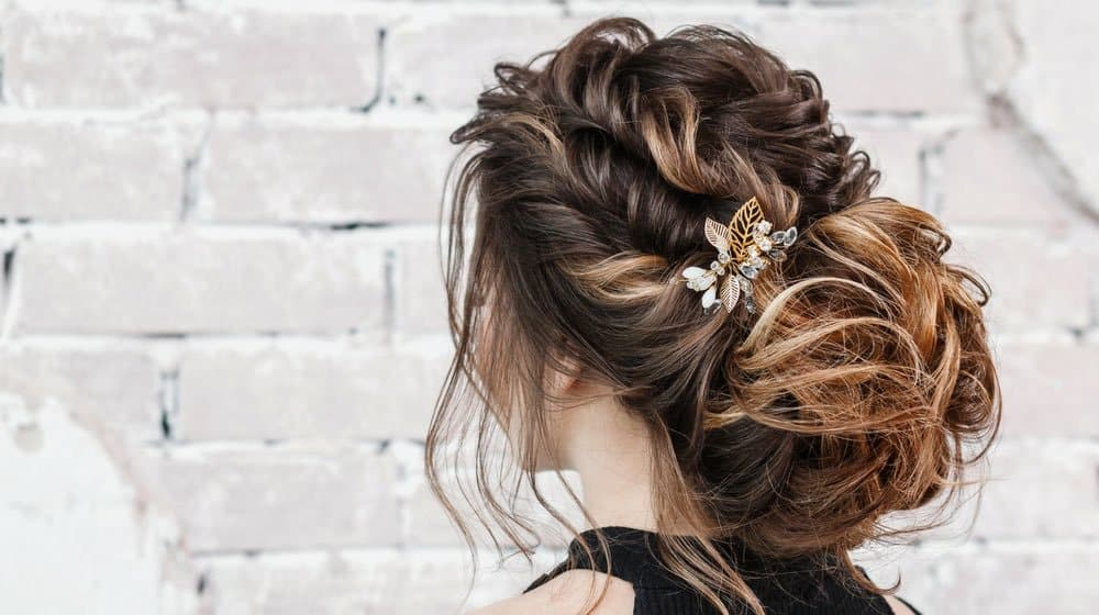 15 Gorgeous Homecoming Hairstyles For Short Hair