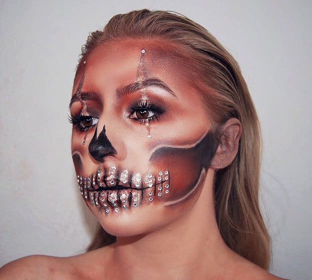 Diamond Skull | Spooky Skeleton Makeup Ideas You Should Wear This Halloween