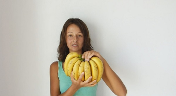She Decided To Eat Nothing But Bananas For 12 Days. These Are The Results Of Her Experiment!