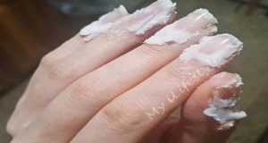 Rub Some Baking Soda On Your Nails and Watch What Happens! This Trick Will Change Your Life Forever!