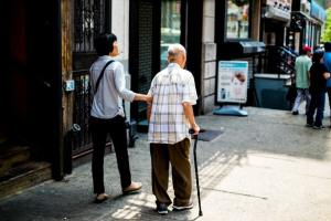 4 Ways to Make Your Life Easier After Hip Replacement Surgery