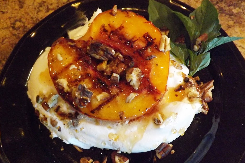 Grilled Peach with Balsamic Reduction