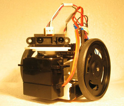 How to build your first PICAXE robot