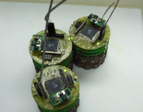 Claytronics nanoscale robot designs