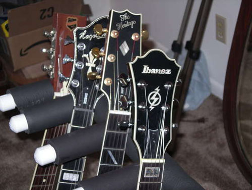 HOW TO – Guitar wall hanger