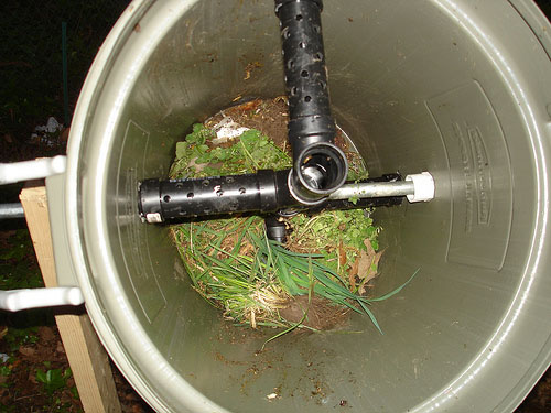 HOW TO – Backyard composter
