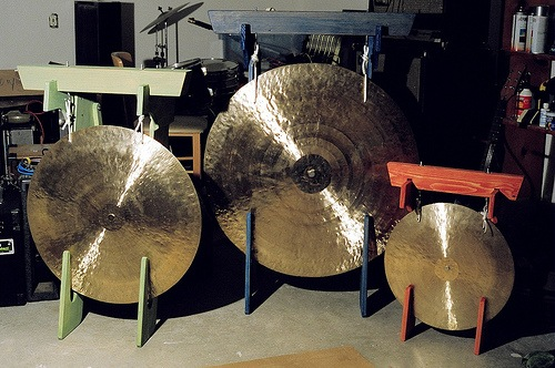 Electric gongs