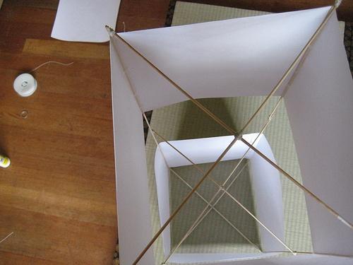 HOW TO – Make a box kite