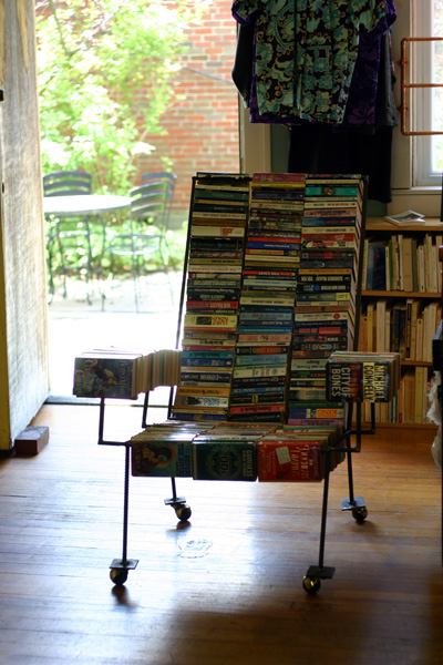 Paperback chair
