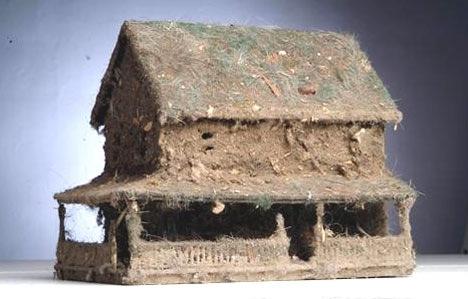 Dust houses
