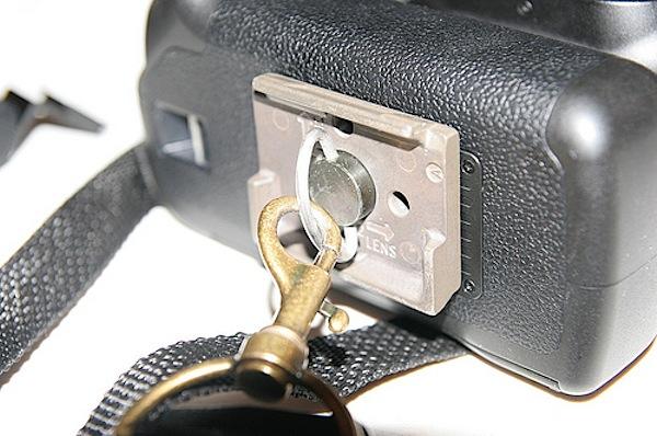 Camera R-strap