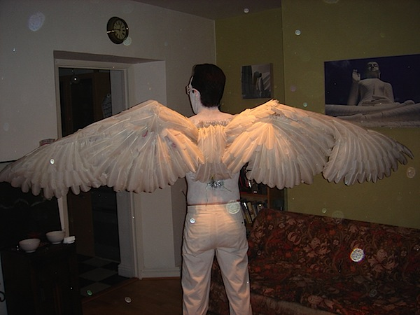 HOW TO – Incredible feathered wings