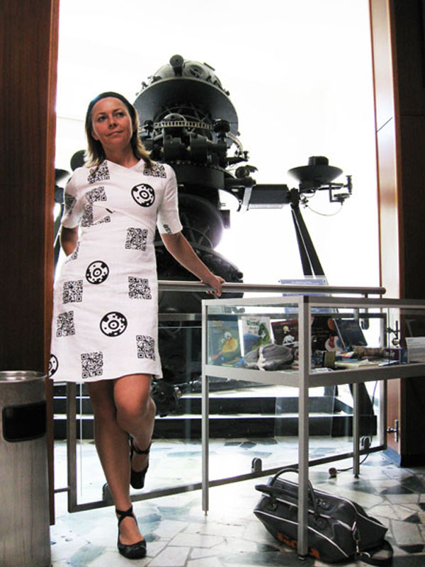QR code dress will let you scan potential mates