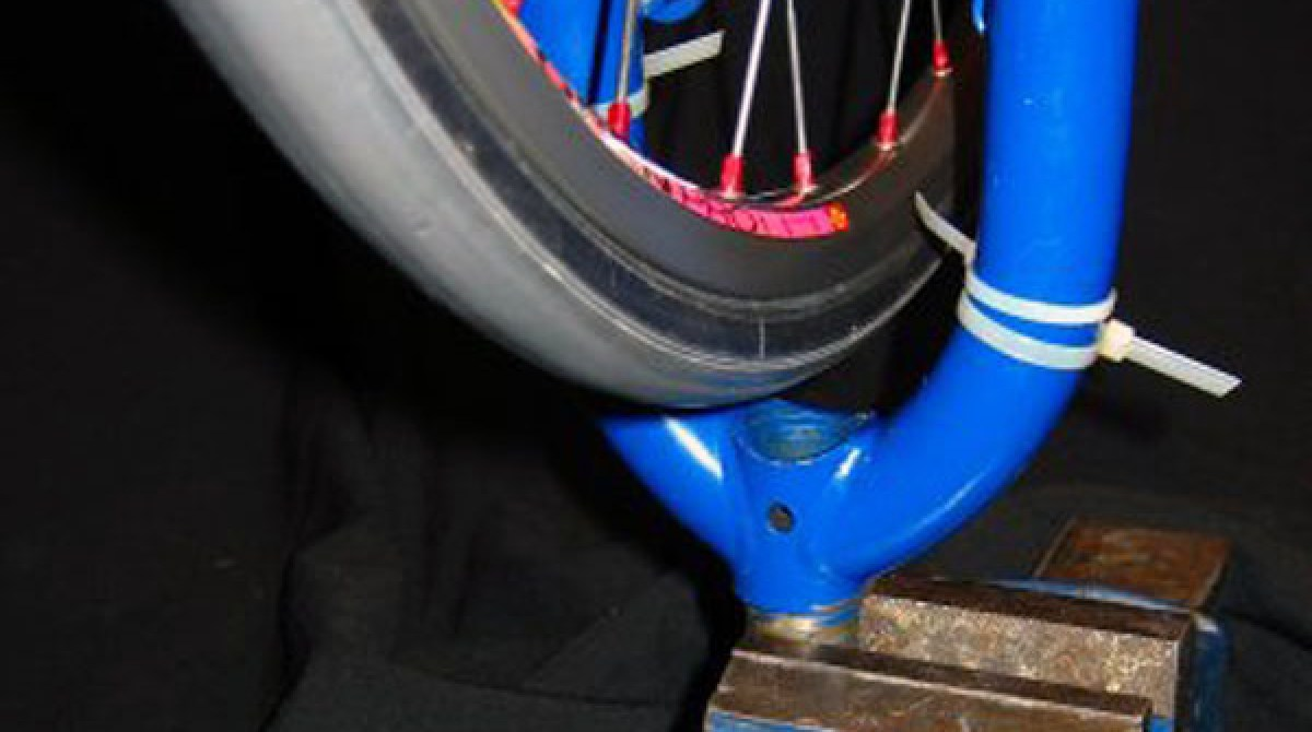 Make your own low-budget wheel truing stand   Make: