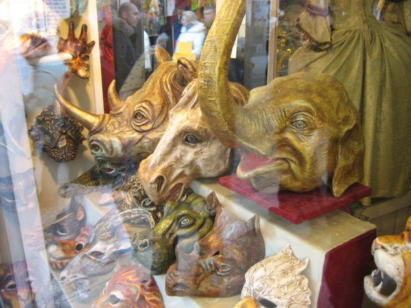 Halloween inspiration – Carnivale masks from Venice