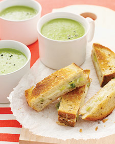 Sunday Suppers: Green Pea Soup with Cheddar-Scallion Panini and David Leite's Consummate Chocolate Chip Cookies