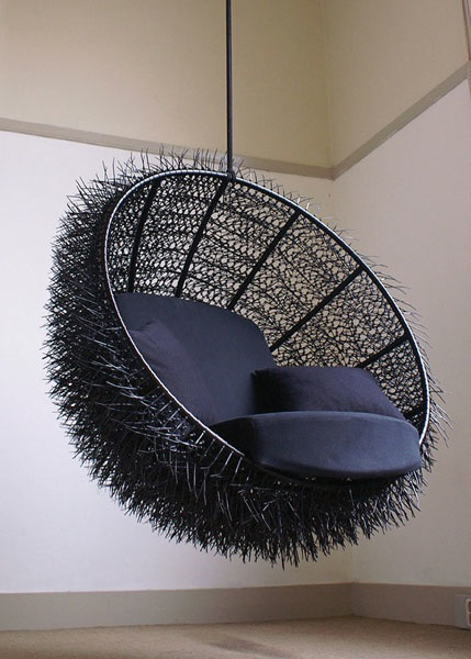 Sea-Urchin chair – made with 8,000 zip ties