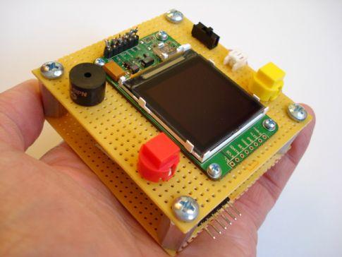 DIY ATmega168 evaluation board with LCD screen