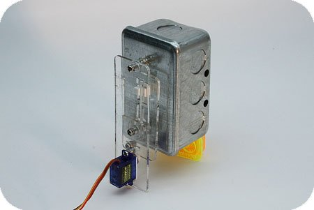 Safe Arduino-controlled light switch