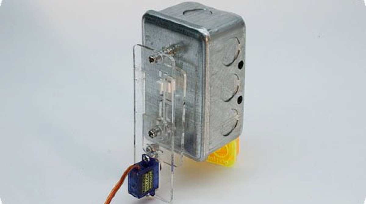 Safe Arduino Controlled Light Switch Make How Do Switches Control Lamps In A Series Circuit What Happens Article Featured Image