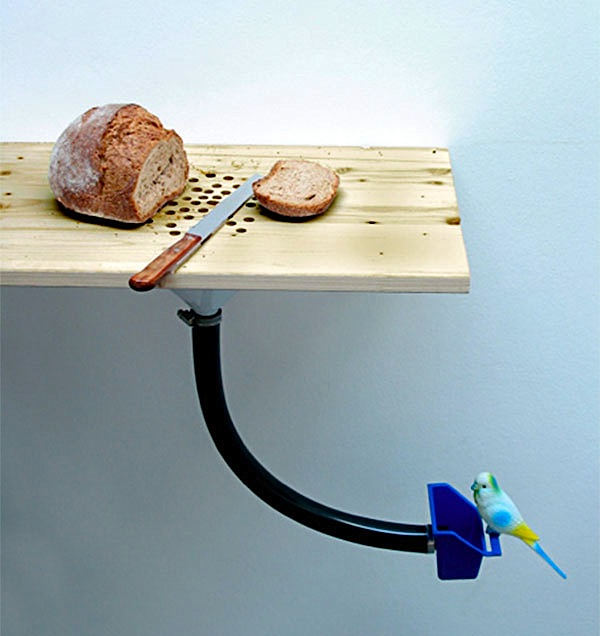 Breadboard birdfeeder simplifies crumb distribution