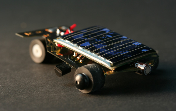In the Maker Shed: SolarSpeeder 2.0 Kit