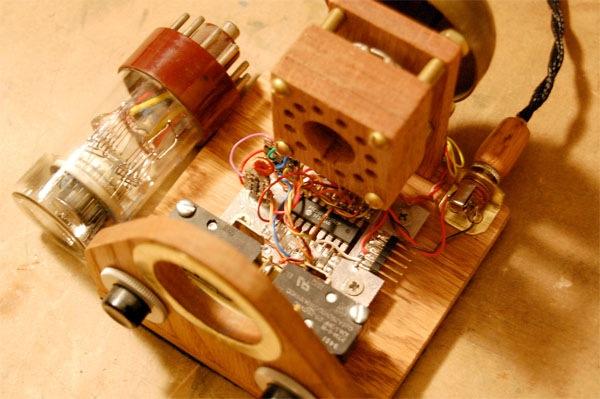 Dekatron timer brings vintage tube tech to the kitchen