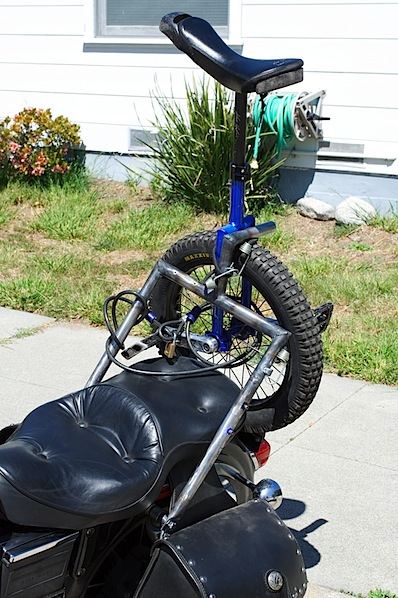 Unicycle rack for your motorcycle