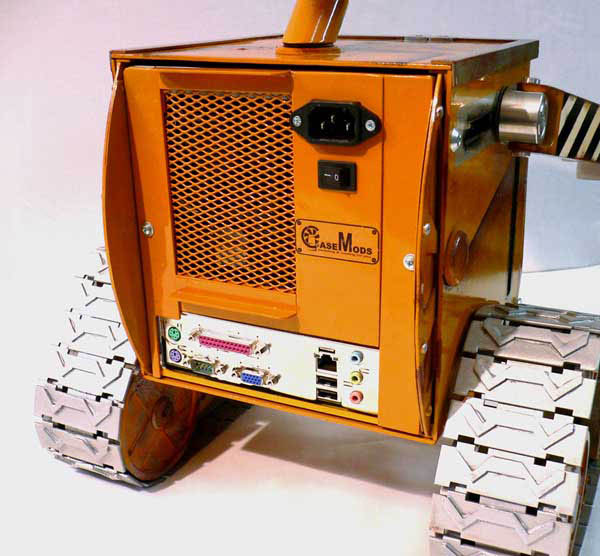 Out of this world Wall-E casemod machinery