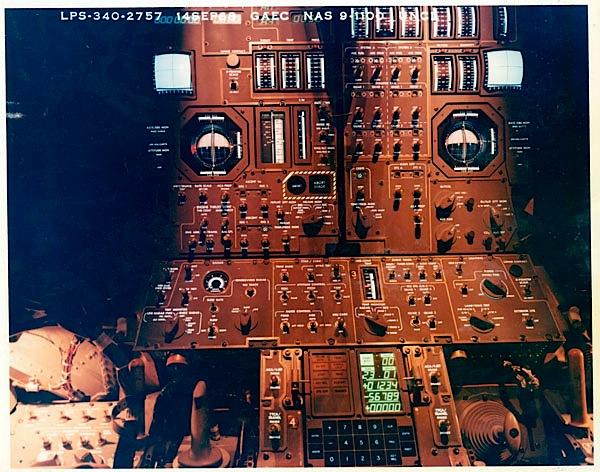Apollo 11's touchdown indicator