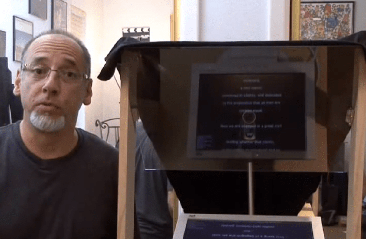 Weekend Project: DIY Teleprompter