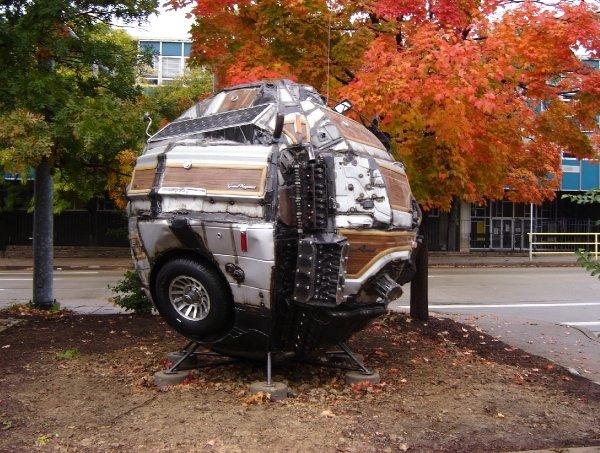 DeCARstruction/reCARstruction: Turning a car into a ball