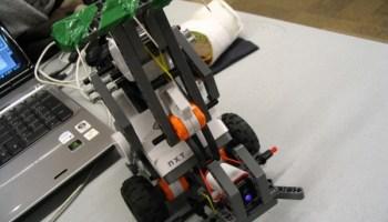 Maze-solving robot | Make: