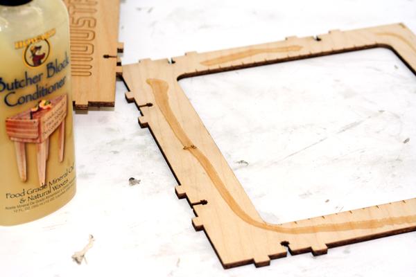 CupCake CNC build, part 5: Pulley & enclosure finishing