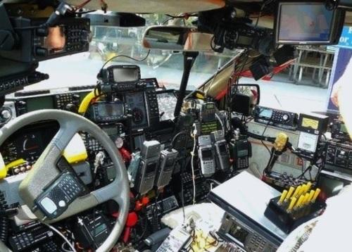 Ham Cramwich: ,000 Of Communications Gear In A 0 Car