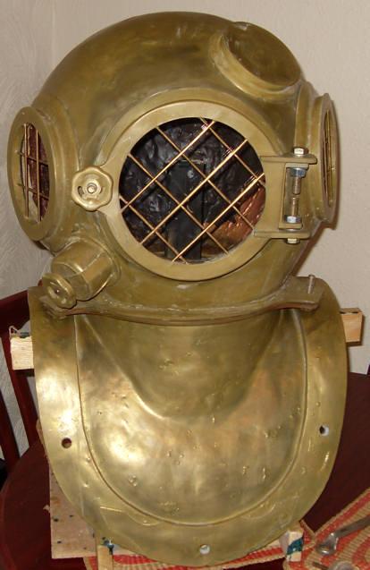 How-To:  Build a vintage diving helmet prop