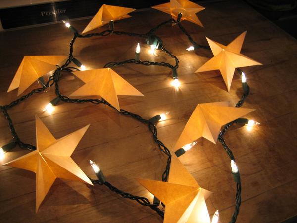 Paper Stars for Christmas Lights