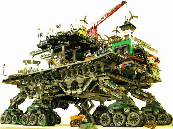 Lego crawler town