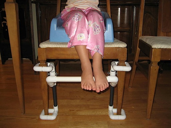 How-To: Kids' dining footrest