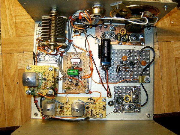 Designing a radio with a single type of transistor