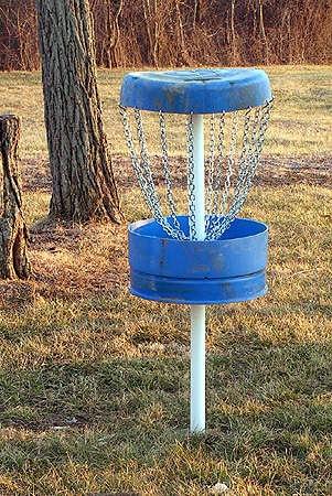 Blue barrel Frisbee golf target