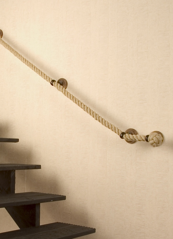Cool Idea:  Bannister ropes