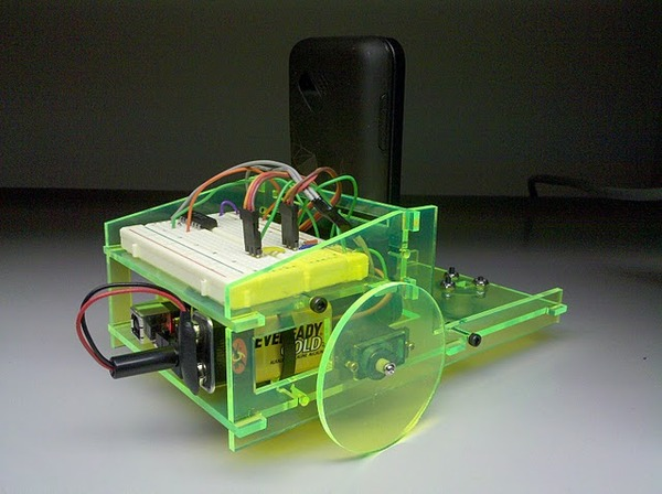 Voice controlled smartphone robot